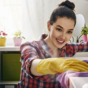 Како да се собира помалку прашина во домот?