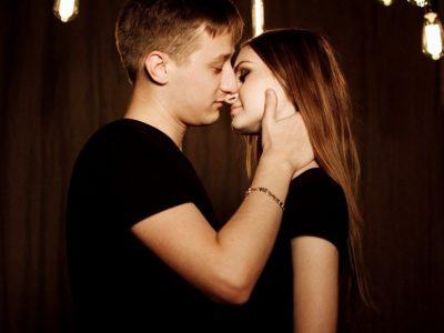 10 интересни ситуации поврзани со првиот бакнеж