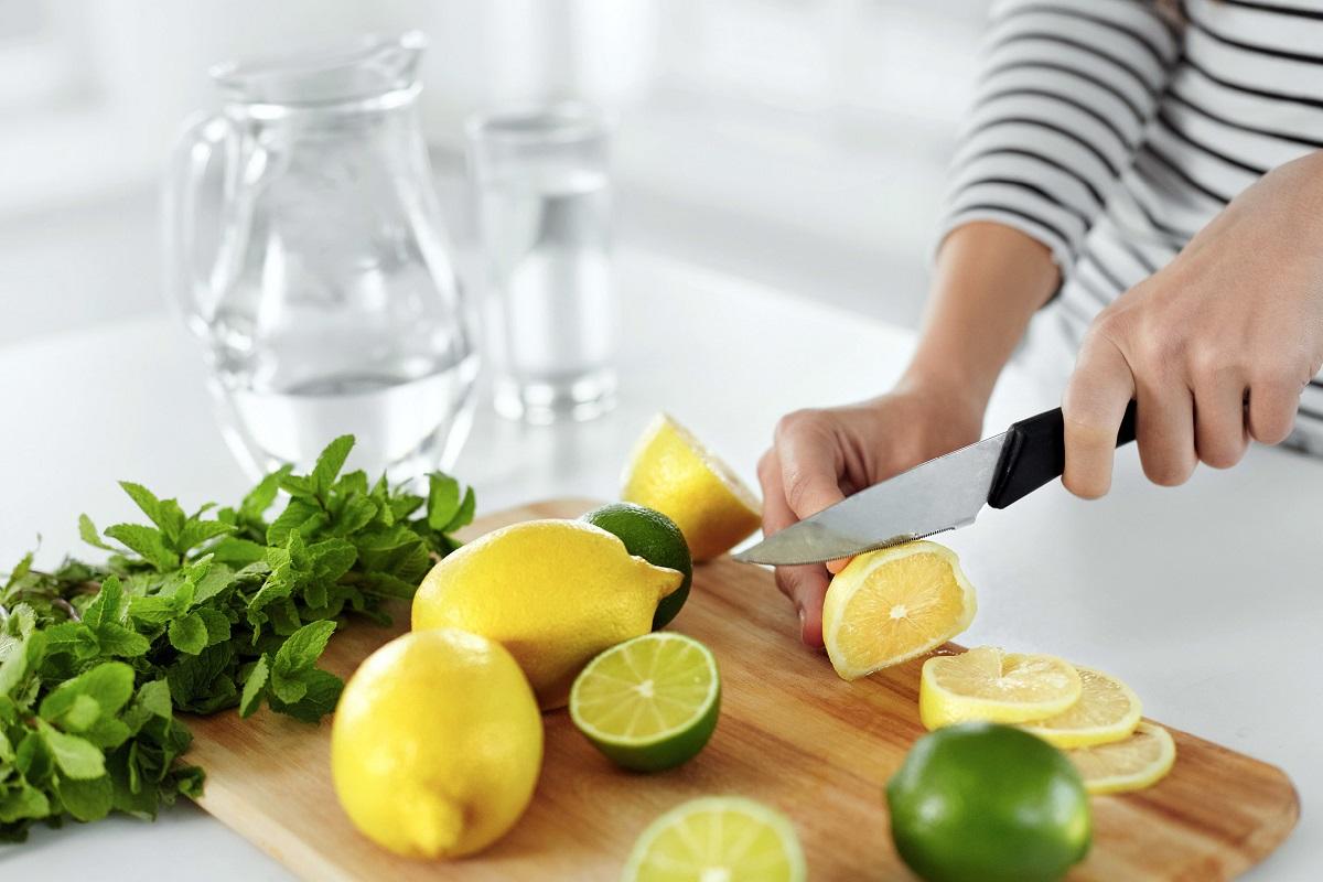 Во овие ситуации лимонот станува опасен по здравјето!