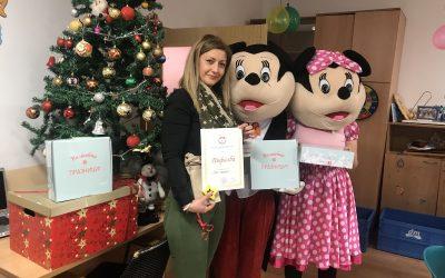 Дрогериите dm донираа новогодишни пакетчиња за деца од Тетово, Битола и Скопје