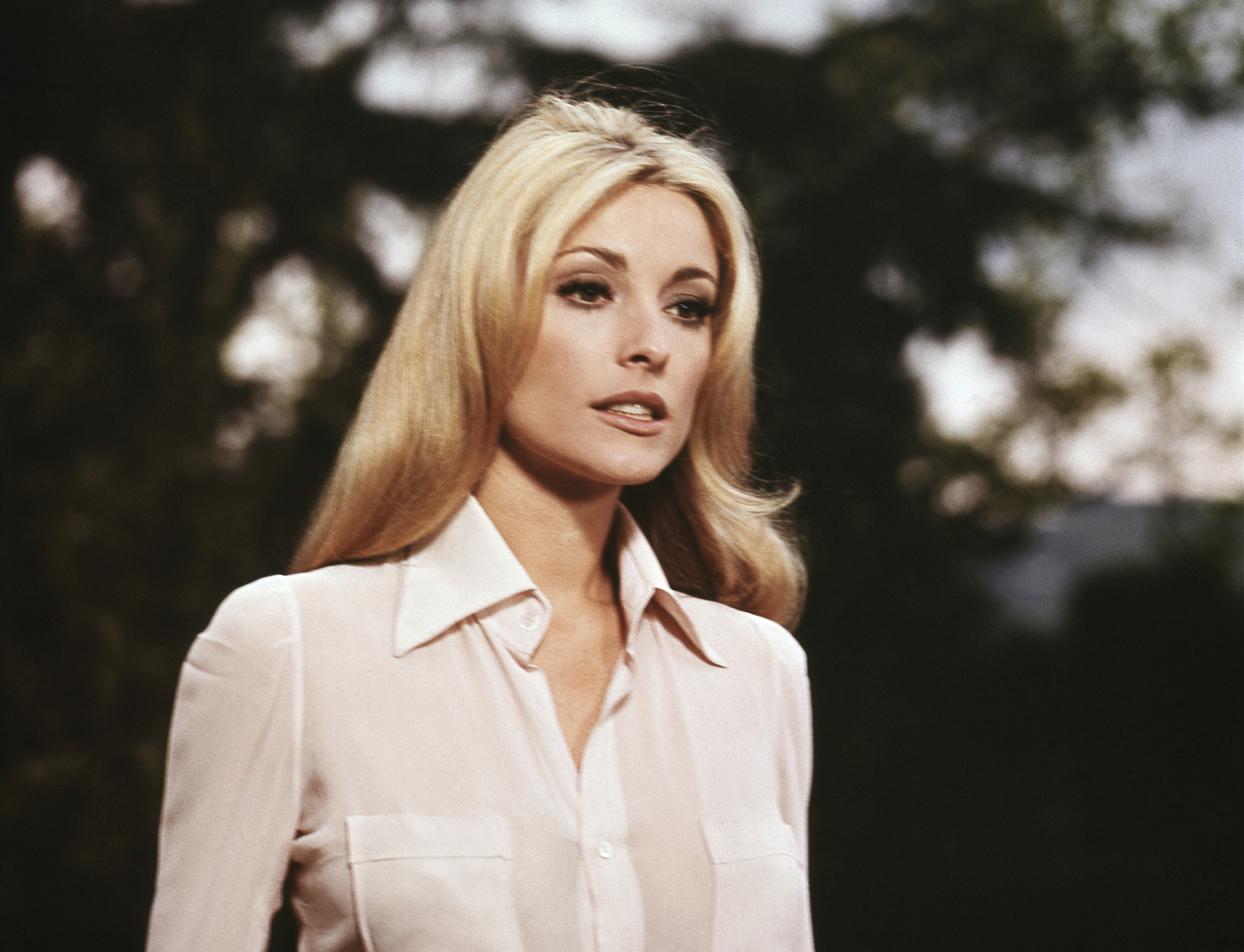 Фотографии што ја покажуваат привлечноста на жените од 60-тите