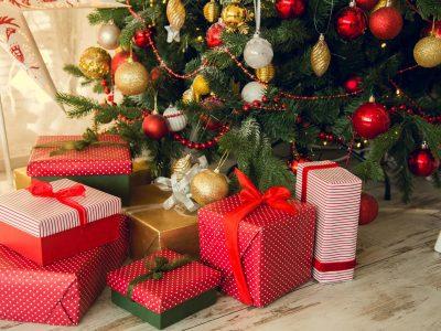 Божиќни цитати што ќе ви помогнат да го сфатите вистинското значење на празниците