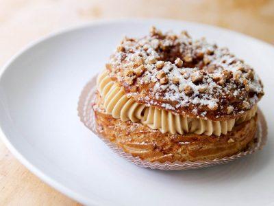 "Морате да ги пробате овие француски колачи: ""Paris Brest"" со крем од кафе"