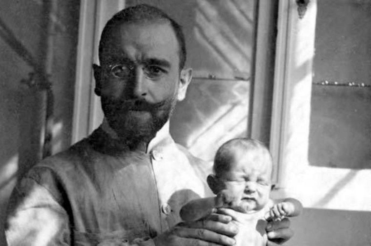 Педијатарот Ернст Моро со обична супа од моркови им ги спасил животите на милиони деца: Рецепт стар еден век