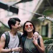 Пријатели, па романтични партнери - ваквите врски почесто опстануваат од другите