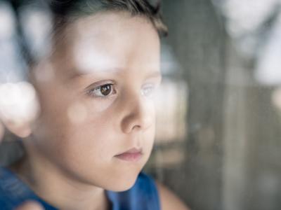 Траума за цел живот: На децата кои се запоставени мозоците им се помали
