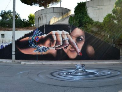 Уметникот Каифа Косимо ги трансформира празните ѕидови и јавните површини во интерактивна улична уметност
