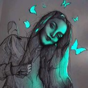 Уметник создава необични цртежи со молив што изгледаат како да имаат флуоресцентна светлина
