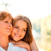 Зошто е подобро да ја послушате вашата мајка ако таа ви рече дека не ѝ се допаѓа вашето момче?