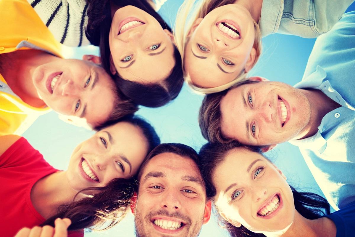 13 причини зошто некои луѓе се толку среќни во животот