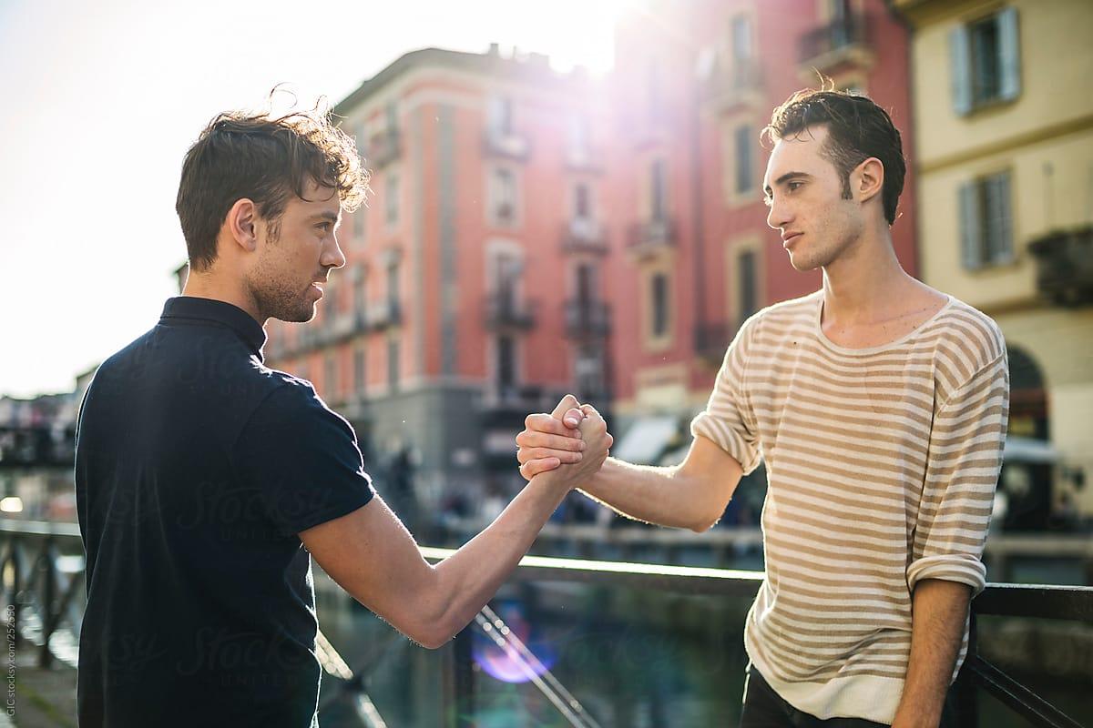 3 ситуации во кои пријателите ги даваат најлошите животни совети