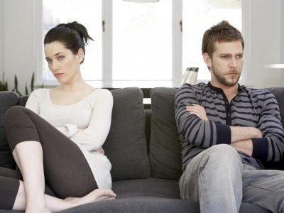 Како да го спасите вашиот брак кога ви се чини дека вашиот сопруг не се грижи повеќе?