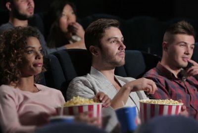 Рибите патат заедно со ликовите, Девицата ги коментира грешките во филмот: Забавен опис на хороскопските знаци во кино