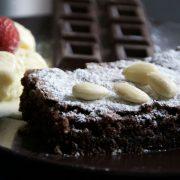 Торта со грешка: Зошто оваа торта од 4 состојки е најпопуларна во Италија веќе 100 години?