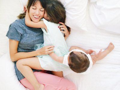 Зошто мајките сакаат да бидат будни до доцна навечер, иако се навистина исцрпени