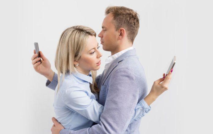 Дали се паметните телефони цигари на модерното време?