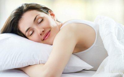 Погрешната перница предизвикува главоболка: Која перница е идеална за вас во зависност од начинот на којшто спиете?