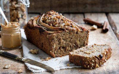 Чоколаден леб од банани со јаболка и ореви: Неодоливо божествен вкус кој се памети
