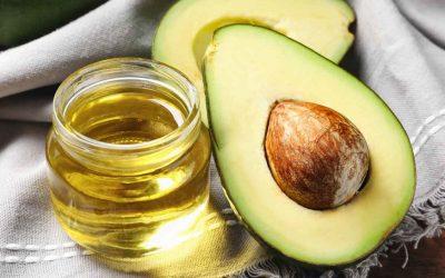 Зошто масло од авокадо е добро за вашата коса и тело?