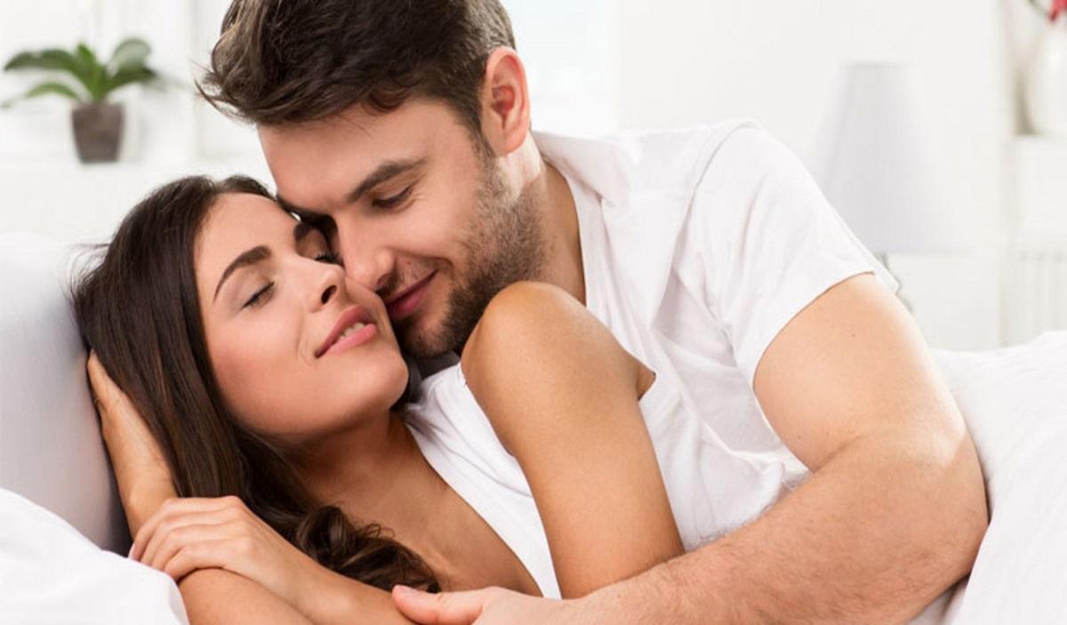 Откријте го лесно: Неговата омилена поза во сексот открива што навистина чувствува и сака од вас!