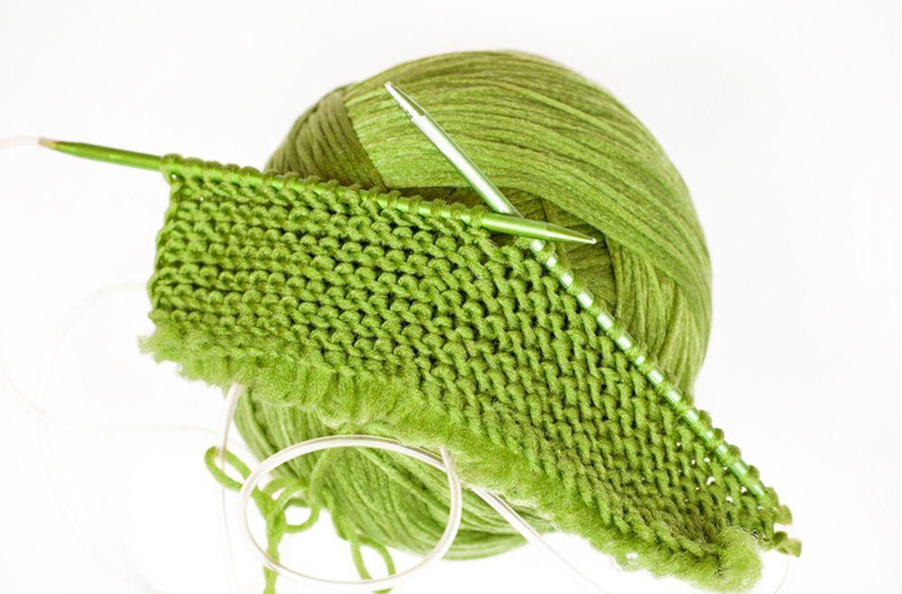 Со плетење против здодевност: Еден бод право, една обратно и изолацијата ќе помине