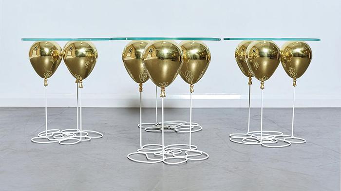 Стаклени маси инспирирани од балони што ќе ве вратат во детството