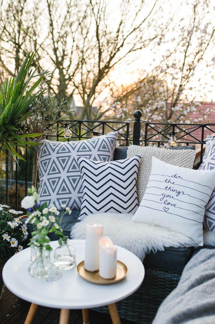 Со само 5 мали нешта претворете го балконот во место што го олеснува престојот дома