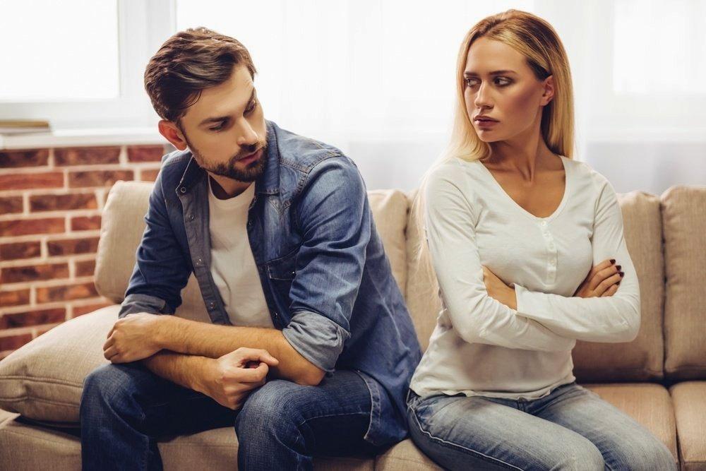 5 грешки што ги прават жените кога излегуваат со разведен маж