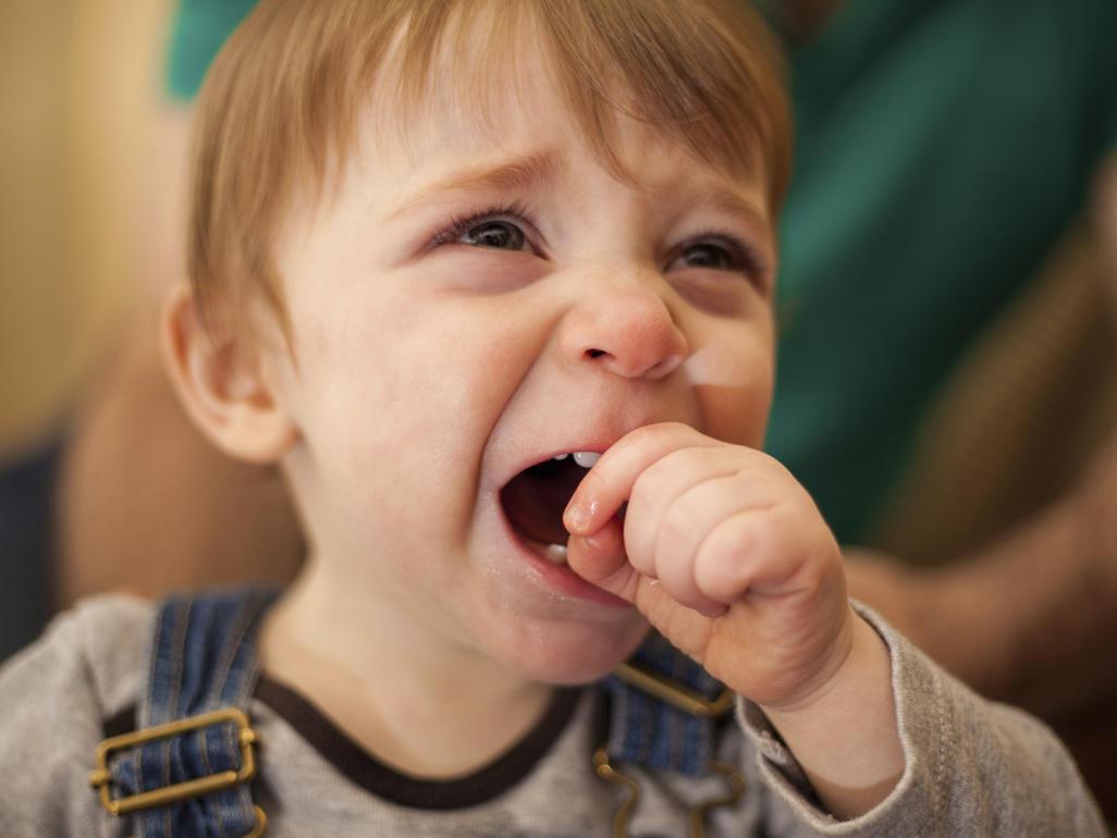 Како да си помогнете ако вашето дете е склоно кон плачење и покажување незадоволство?