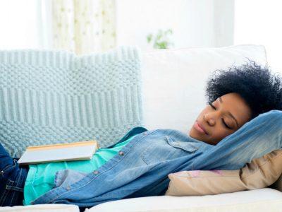 Зошто попладневното спиење не е добра идеја?