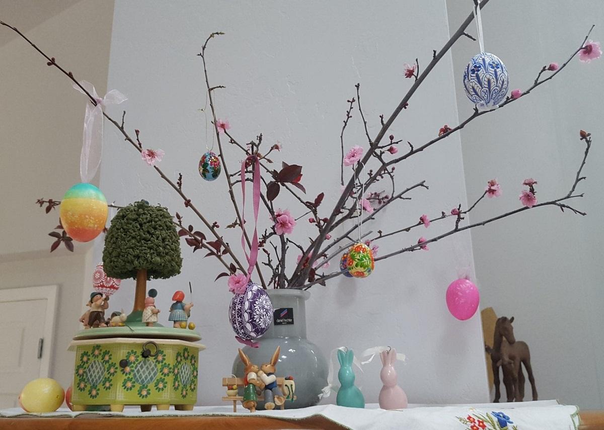 Направете си сами велигденско дрво на среќата: Едноставна декорација која носи радост во вашиот дом!
