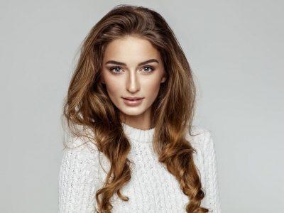 Нијанси на боја за коса што ќе направат да изгледате помладо: 6 трендовски предлози за оваа пролет