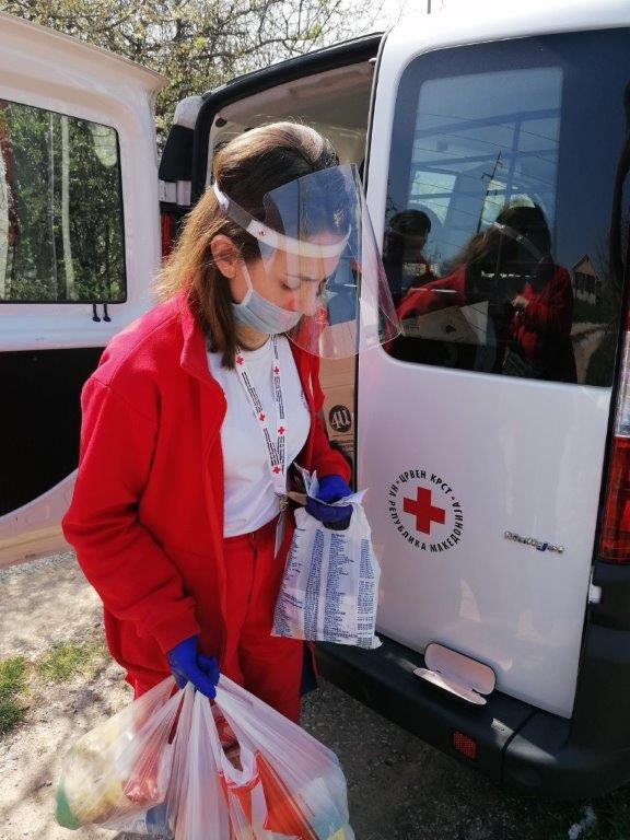 Црвениот крст го проширува обемот на своите активности како одговор на пандемијата од Ковид-19