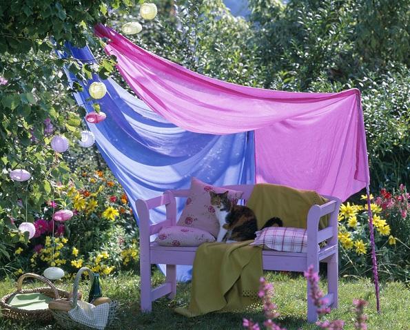 12 идеи како да го уредите дворот за дневен престој на отворено