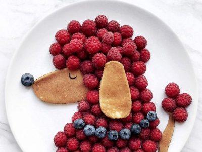 Уметник открива што се случува кога чинијата е платно, а храната е боја