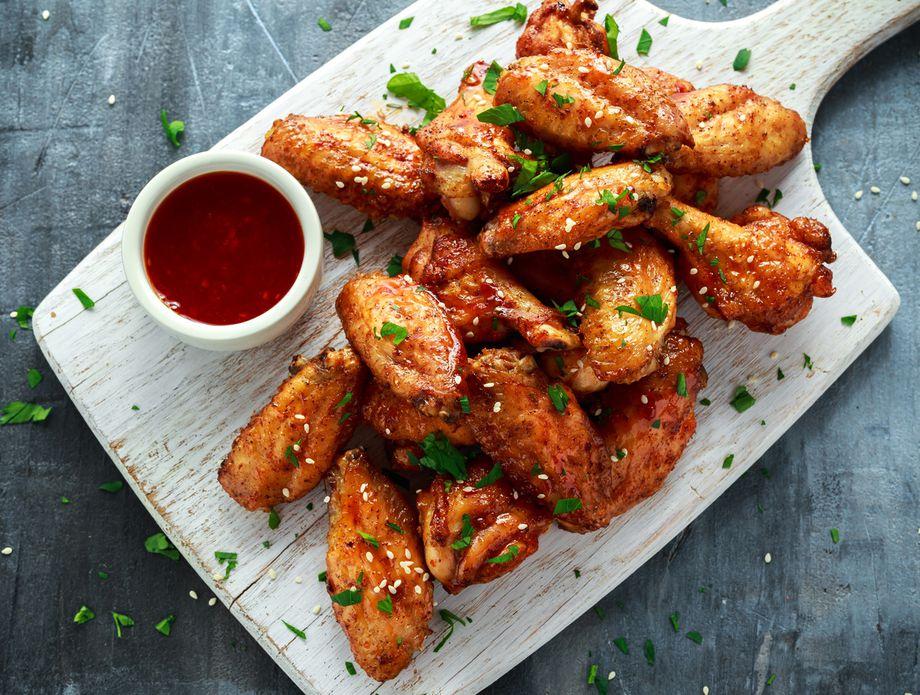 Експлозија од вкусови: Маринирани пилешки крилца