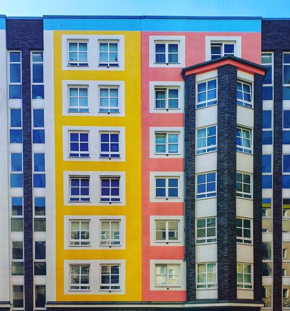 Прекрасни фотографии од шарените згради на градот Берлин