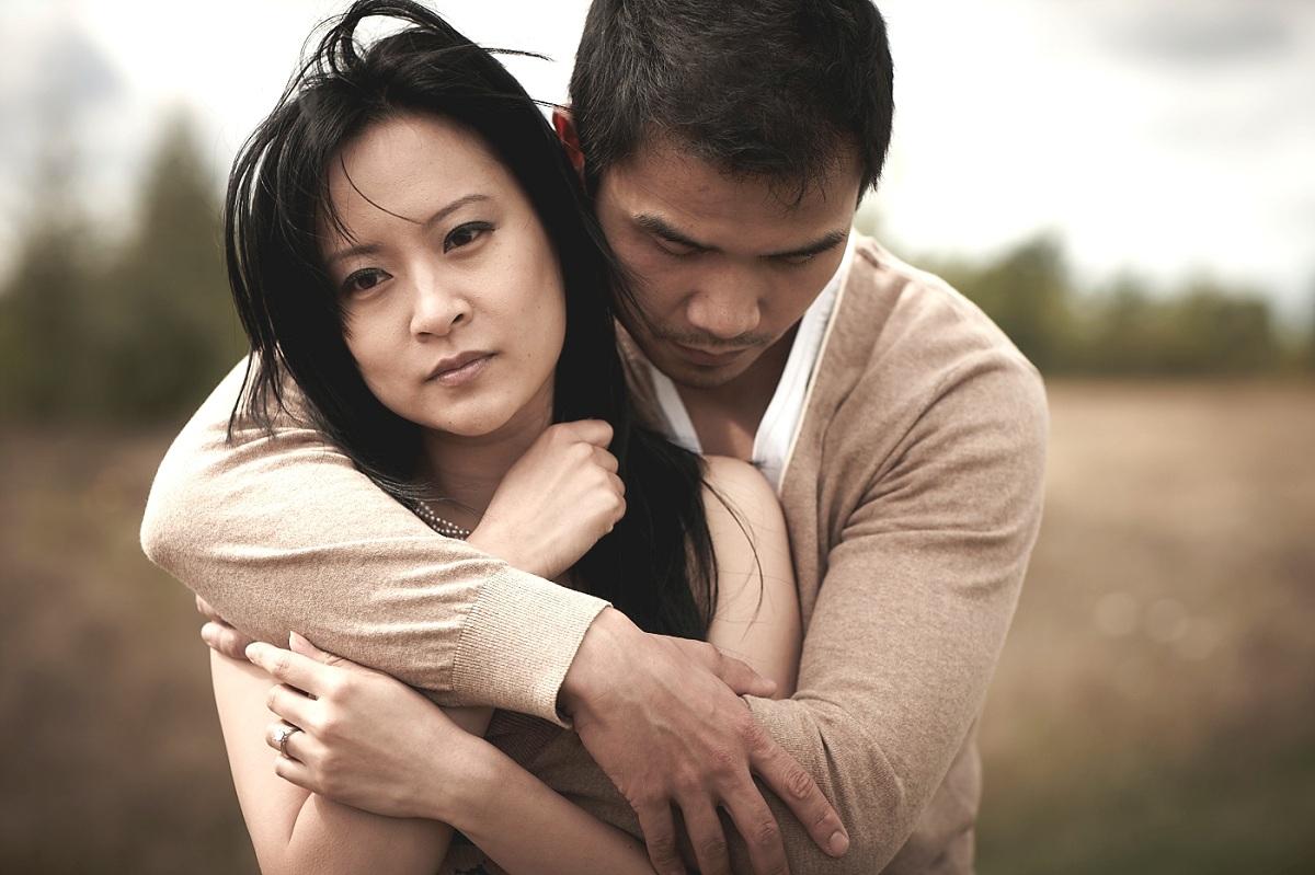Како да откриете дали вашиот партнер е со вас само затоа што не нашол некоја подобра?