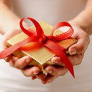 Лични предмети што не треба да ги подарувате никому затоа што носат несреќа