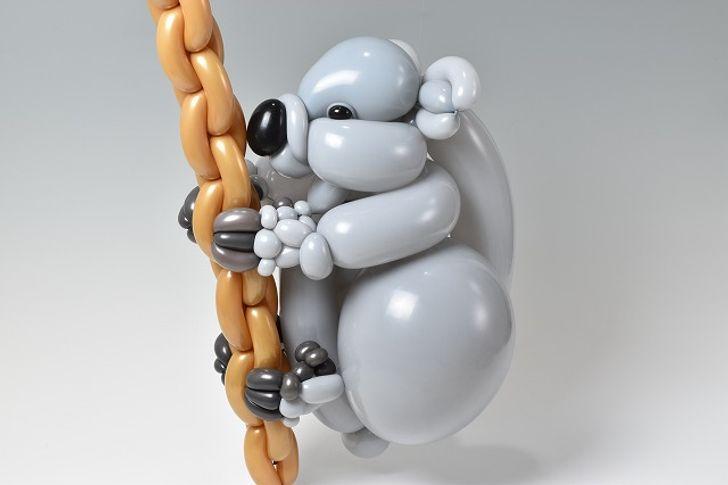 Јапонски уметник создава скулптури користејќи само балони
