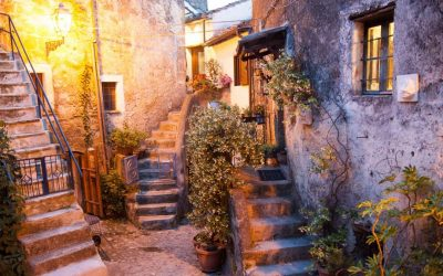 Место за хедонисти: Чудна мешавина од хипи заедница и град на духови