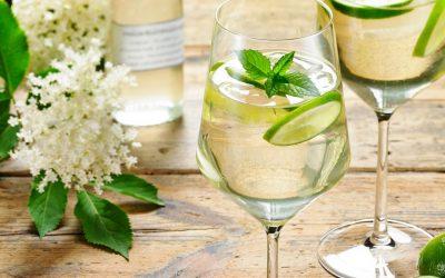 Одлични коктели за топлите летни вечери