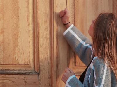 9 работи што никогаш не треба да ги допирате во нечиј дом