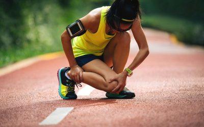 Како да знаете дали да ставите мраз или нешто топло на спортската повреда?