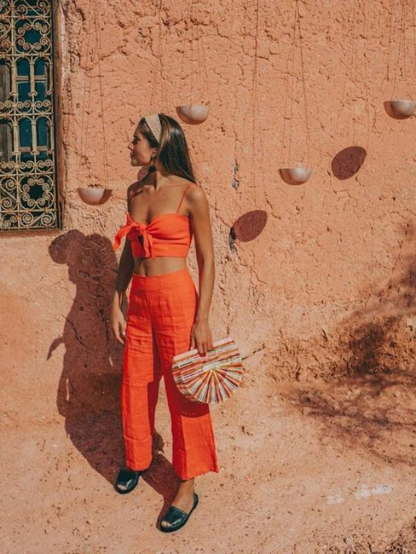 Гардероба во боите на летото што ќе ја обожавате