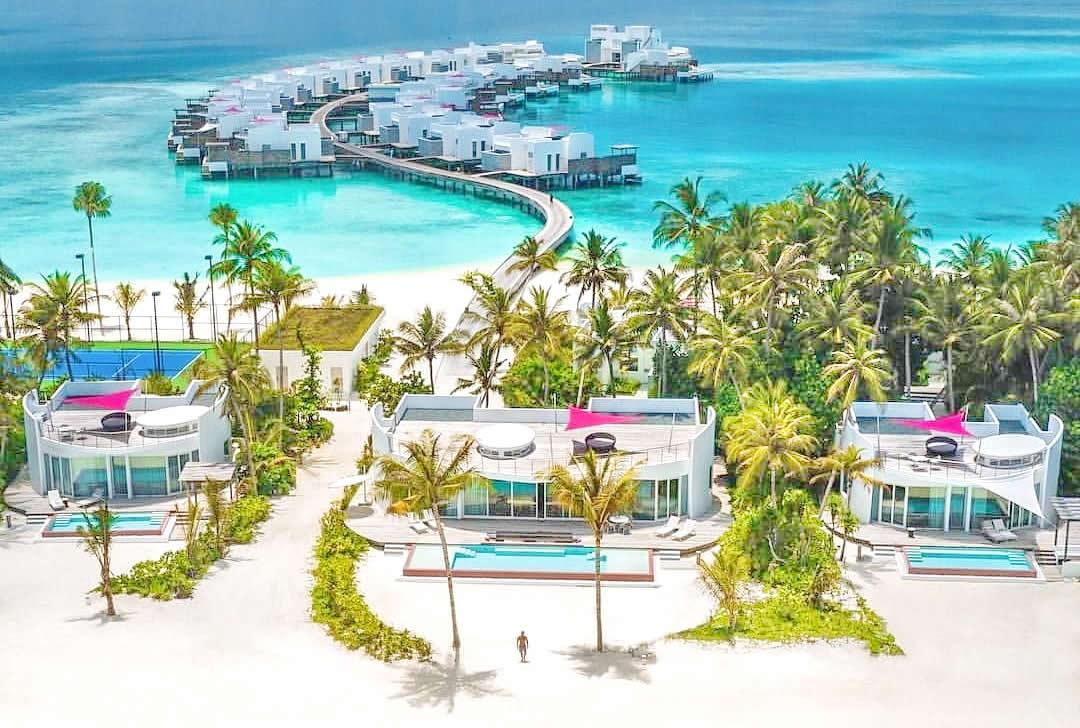 Село на вода: Во оваа држава секоја зграда има базен и бар на кровот
