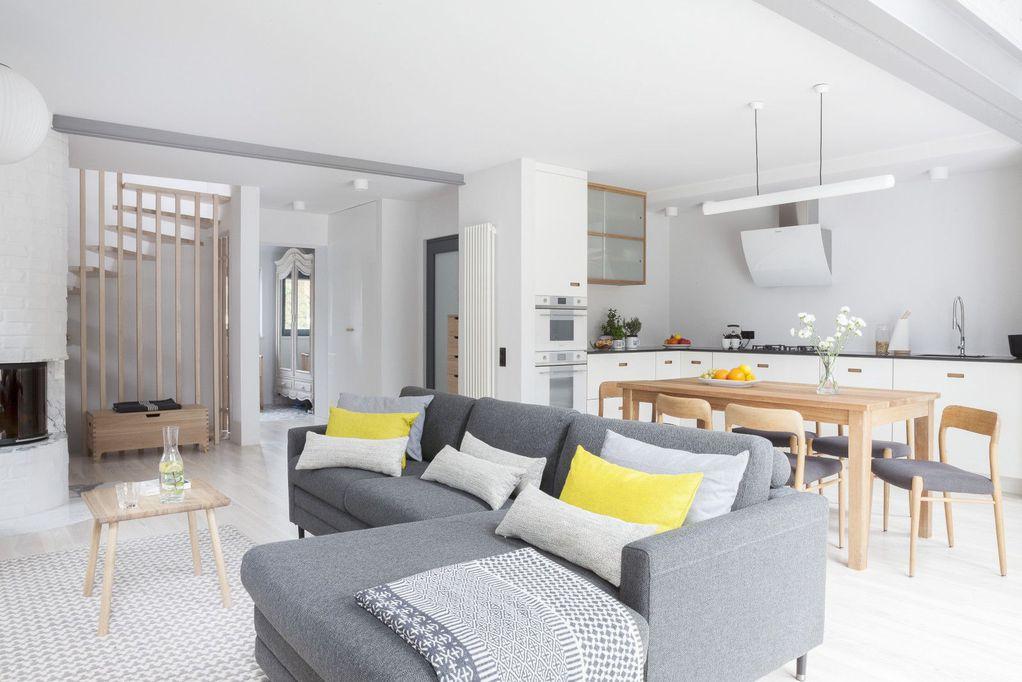 10 докази дека кујната и дневната соба споени во едно се одлична идеја