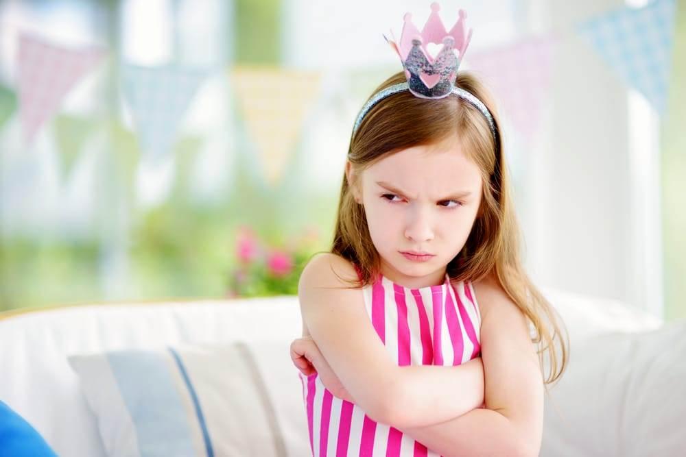 3 токсични начини на кои родители ги претвораат децата во нарциси