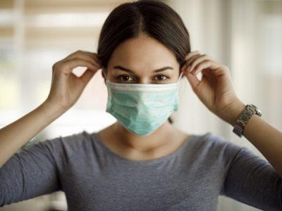 Како да спречите појава на акни предизвикани од носењето маски?