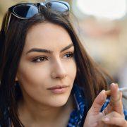Кој се откажува од цигарите потешко - мажите или жените?